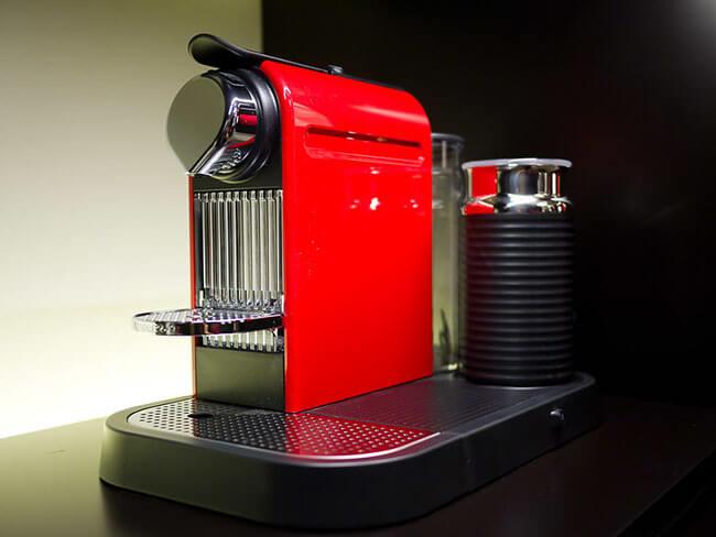 Nespressomaskin - Citiz med mjölkskummare